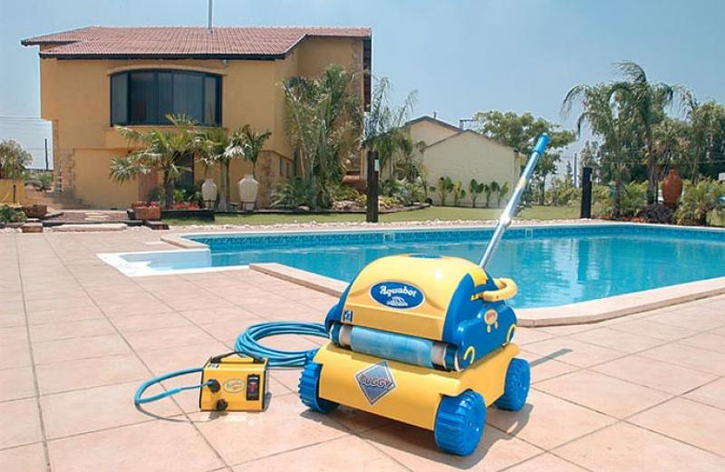 Aquabot bravo robot de piscina aquabot - Robot para piscinas ...