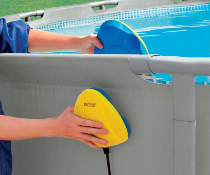 Luz para piscinas intex intex 28688 for Diatomee piscine