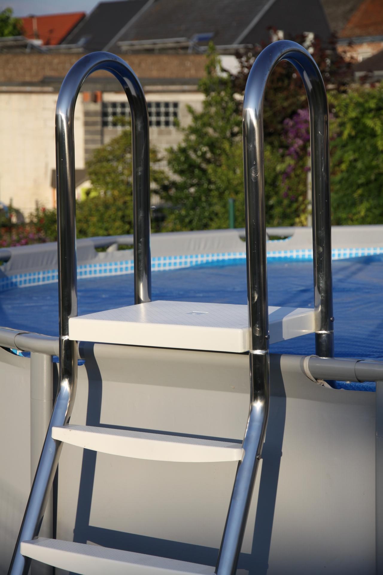 escalera para piscina elevada desmontable p3043